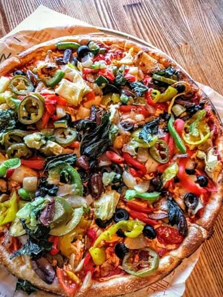 Healthiest Pizza Places to Satisfy Your Cravings   Blaze Pizza   FastFoodMenuPrices.com