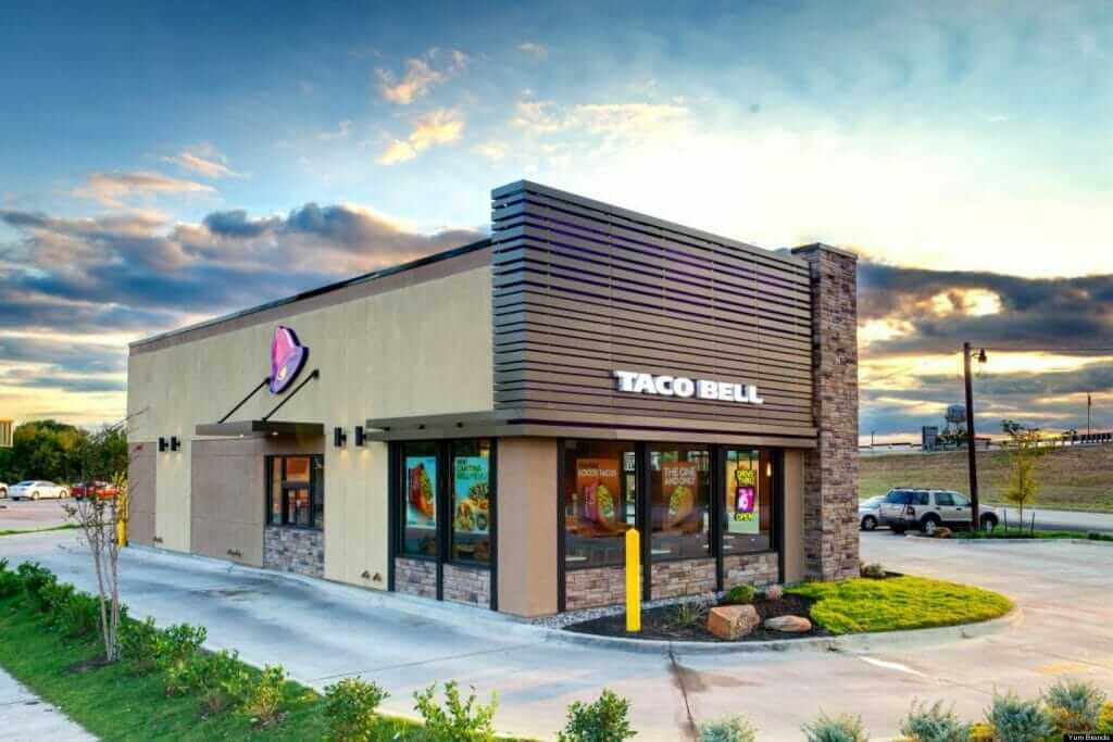 The Top 10 Fastest Drive-Through Restaurants in America   Taco Bell   FastFoodMenuPrices.com