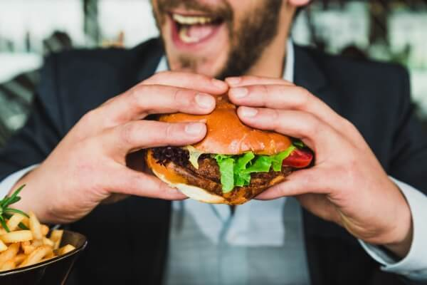Advantages and Disadvantages of Fast Food | Fast Food Burger | FastFoodMenuPrices.com
